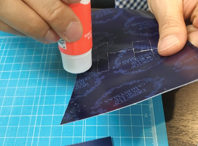ポップアップカードの作り方07_ボード同士を貼り付ける